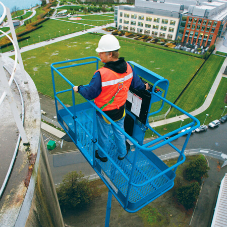 Vp worker in a cherrypicker